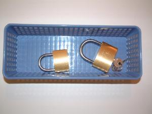 P40 Opening padlocks
