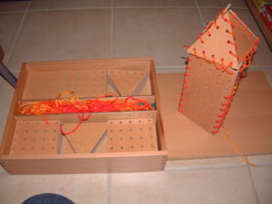 P81 Stringing boards