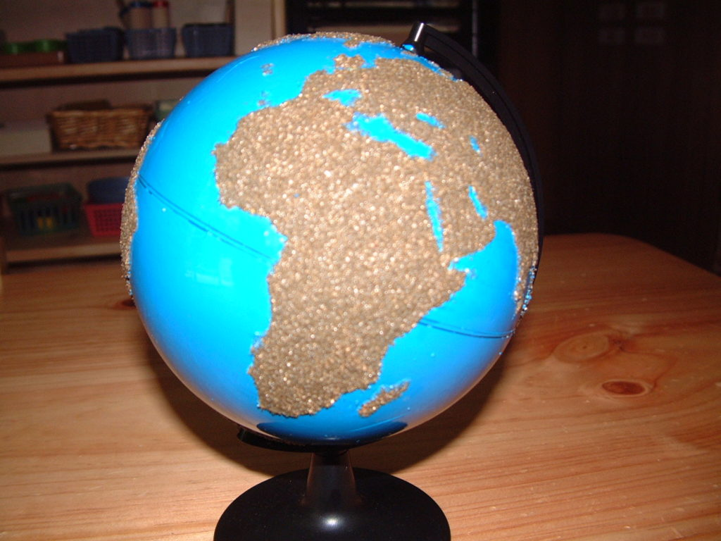 G2 Globe of land and water