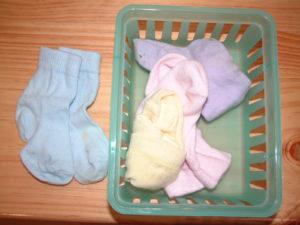 P32 Sorting & folding socks